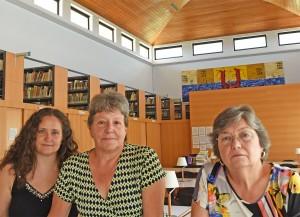Aina Rodríguez i Esther Fernández han format equip amb Carme Manera  la Biblioteca de Son Lledó